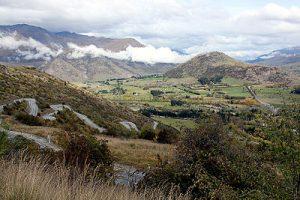 The zigzagging Crown Range Road